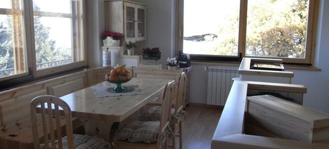 Tavolo cucina in legno massello