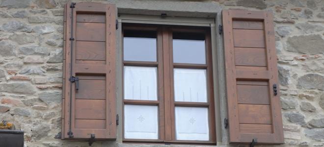 Scuri in legno Falegnameria Meoni Arezzo